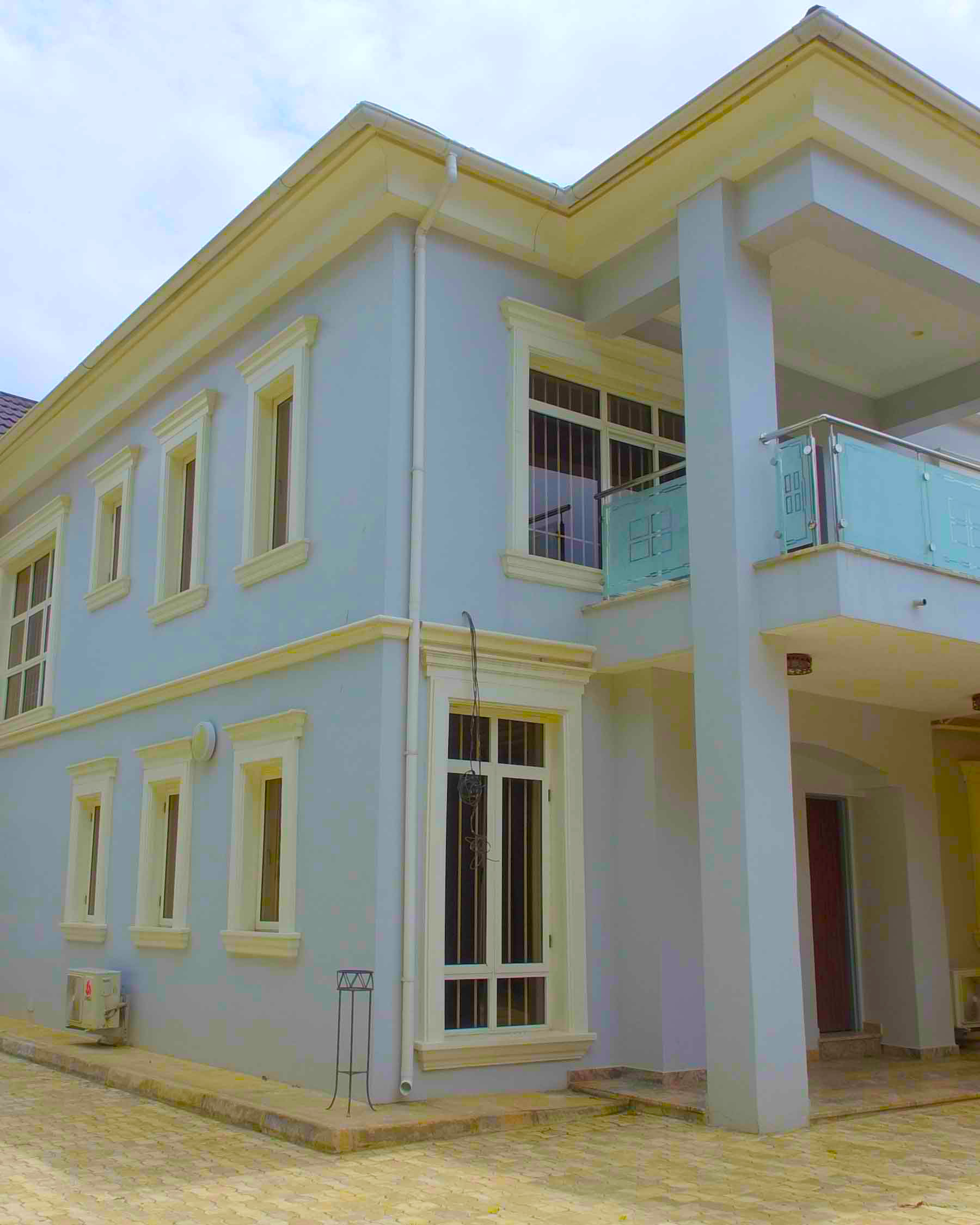 Folorunso House